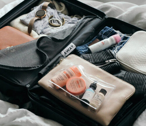 6 Travel Essentials You Should Never Leave Home Without