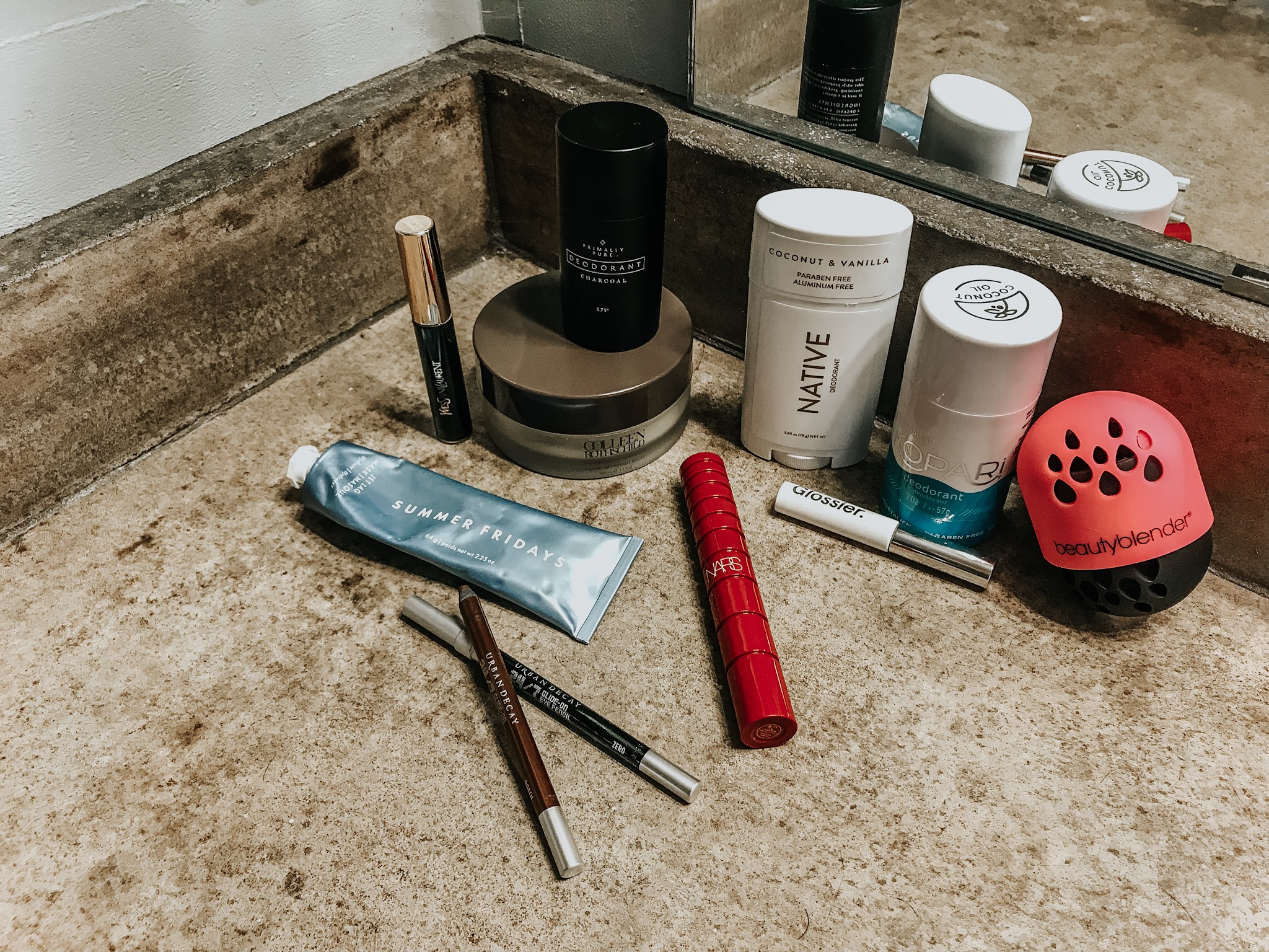Top_Beauty_Products_2018_District_Sparkle
