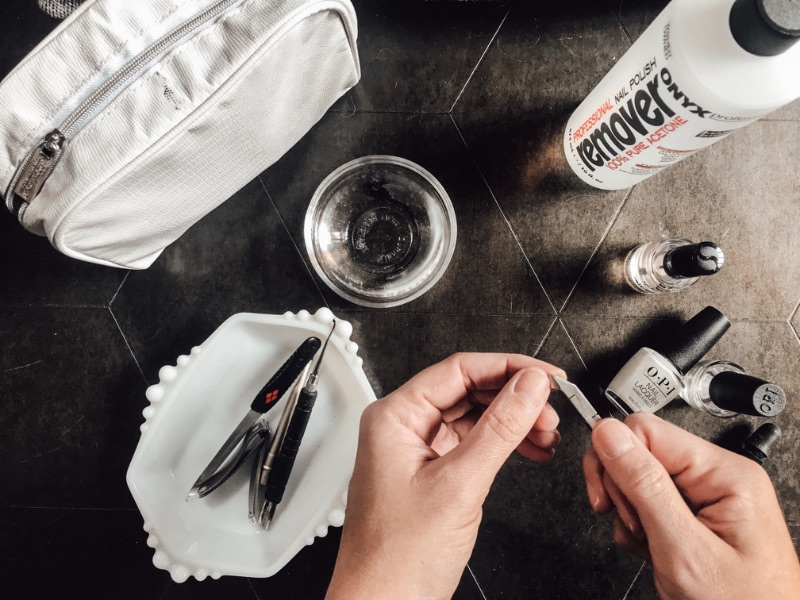 District-Sparkle-At-Home-Manicure